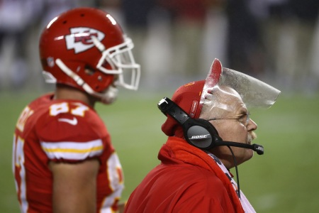 Andy Reid will be wearing a face shield again. This time he will be using a defogging product.