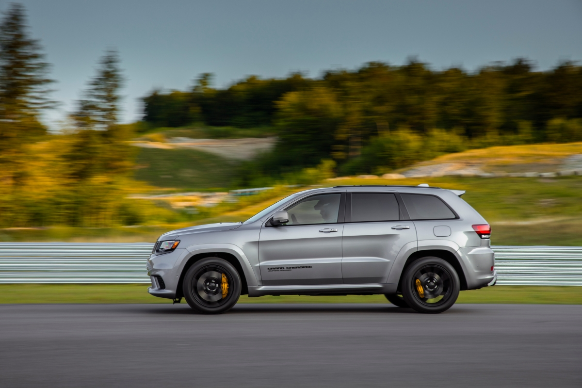 Jeep's 700-HP Trackhawk Is the Super SUV Nobody Needs, But Everybody Wants