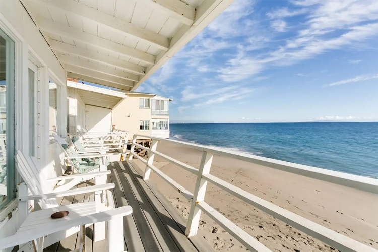 Treat Yourself to One of These 7 Beach Getaways This Holiday Season