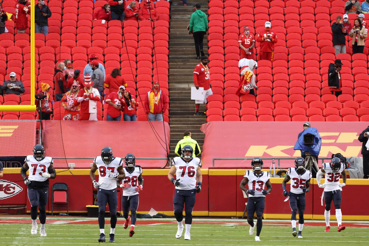 Chiefs Fan From NFL Opener Tests Positive for COVID-19, 10 Quarantined