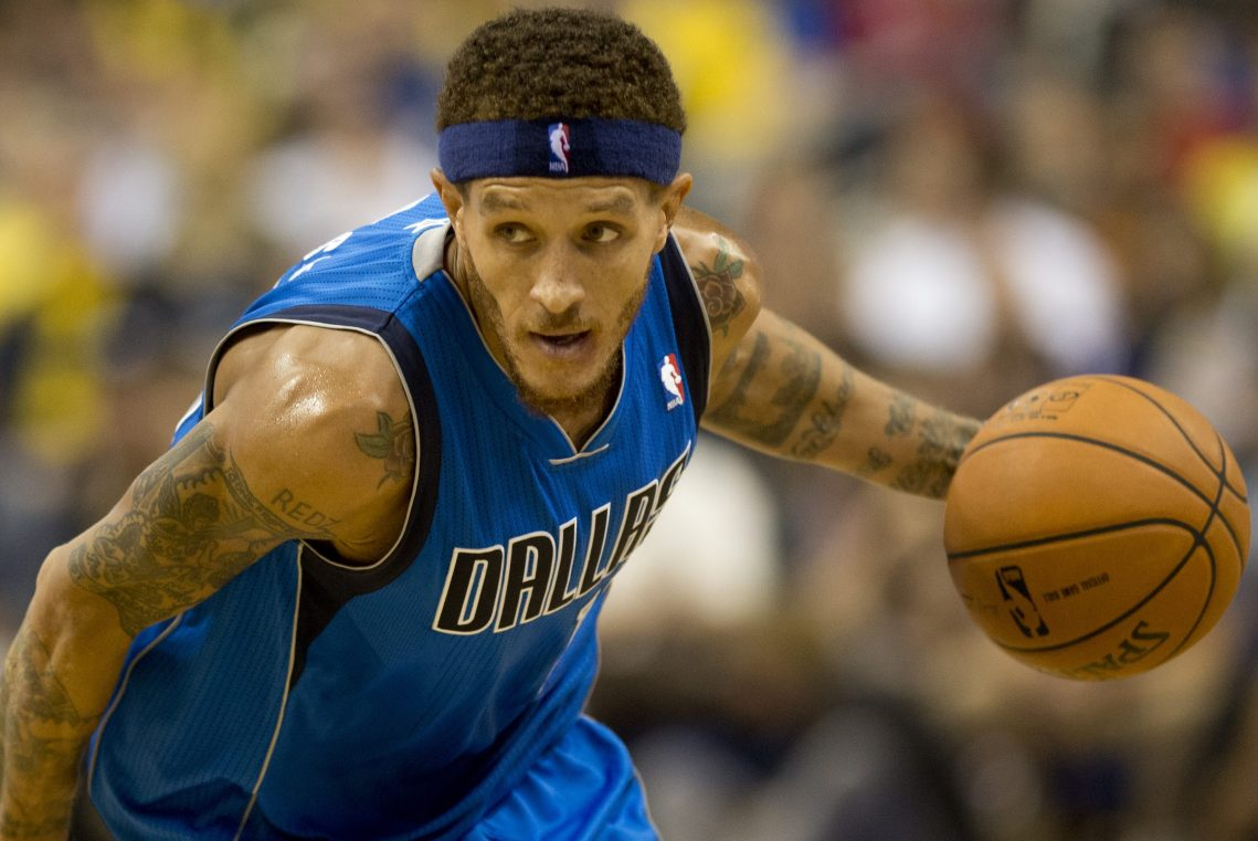 Dallas Owner Mark Cuban Offers Assist to Former Maverick Delonte West