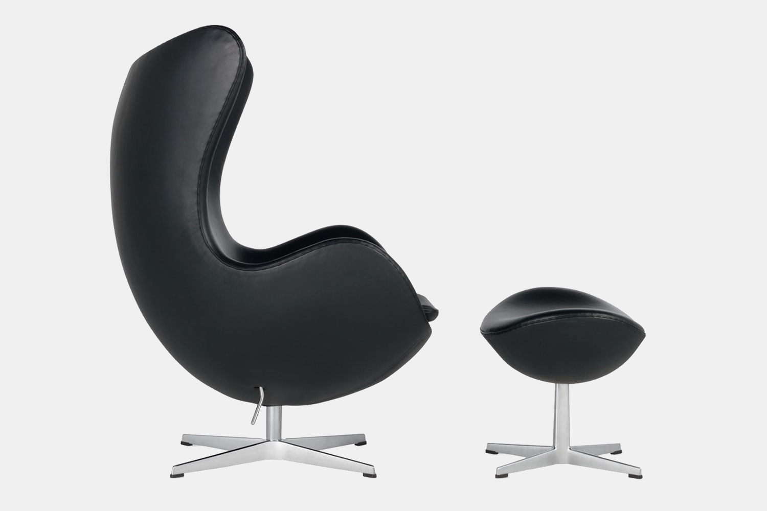 Design Within Reach Egg Chair with ottoman designed by Arne Jacobsen for Fritz Hansen
