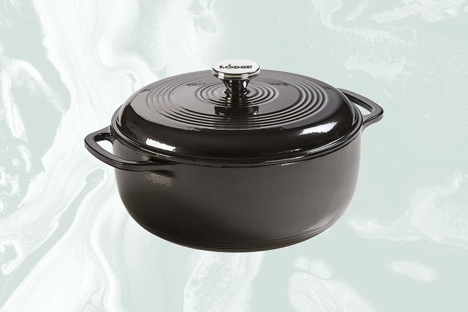 Review Why I Chose The Lodge Dutch Oven Over Staub And Le Creuset Insidehook