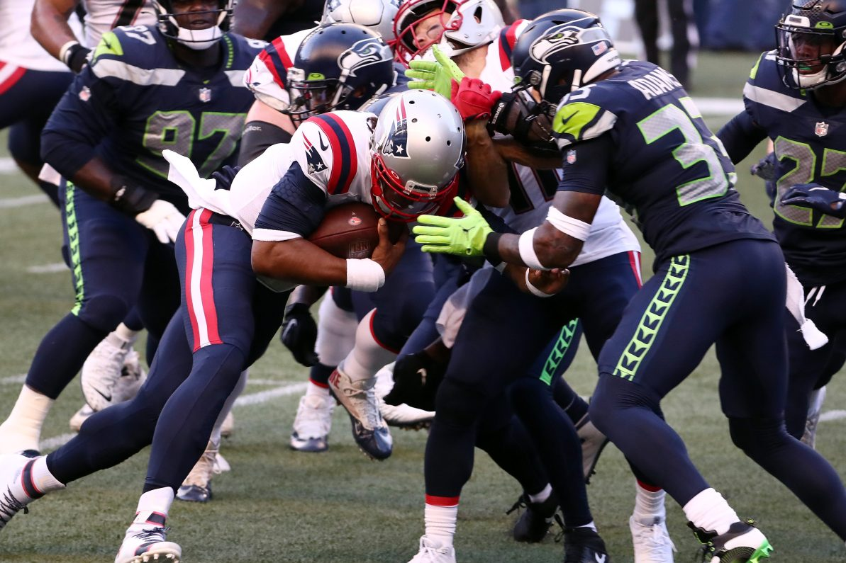 "Patriots-Seahawks on ""SNF"" Ends With Another Goal Line Stand"