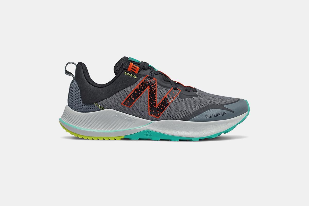nb trail shoes