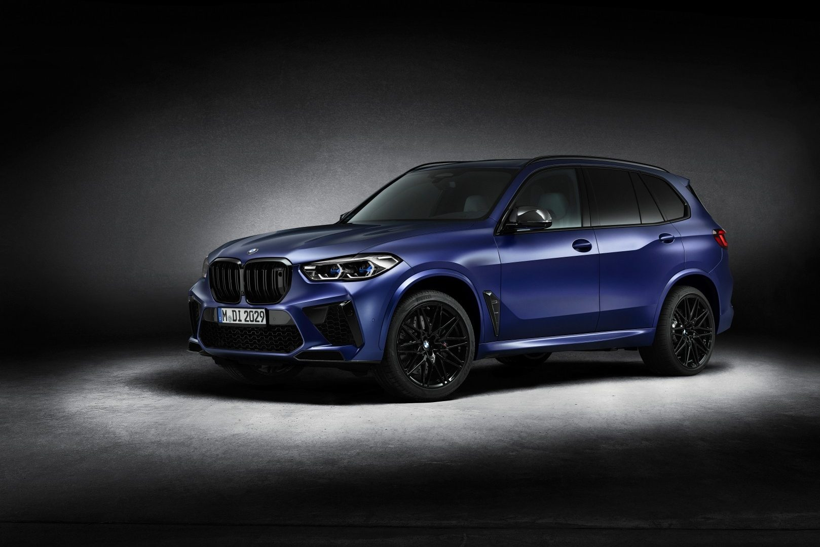 Review The Problem With Ultra Fast Suvs Like Bmw S X5 M Competition Insidehook