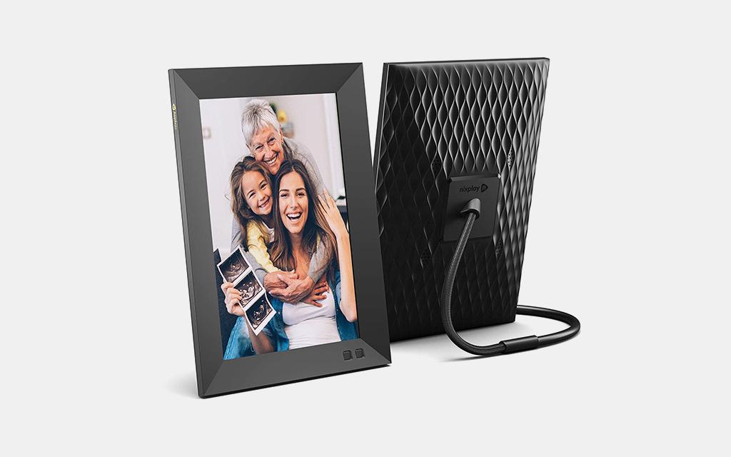 Nixplay Smart Digital Picture Frame