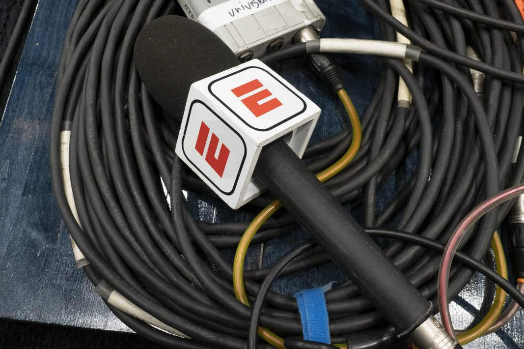 Report: ESPN May Lay Off Hundreds of Employees
