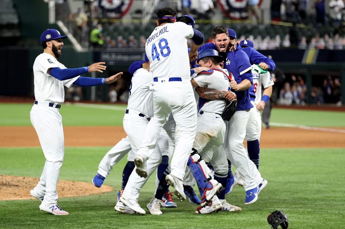 LA Dodgers Win World Series as Kevin Cash Call Doesn't Pay Off