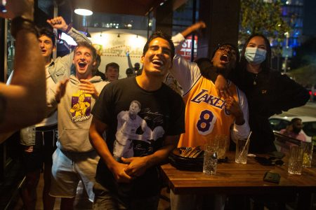 Los Angeles Lakers fans