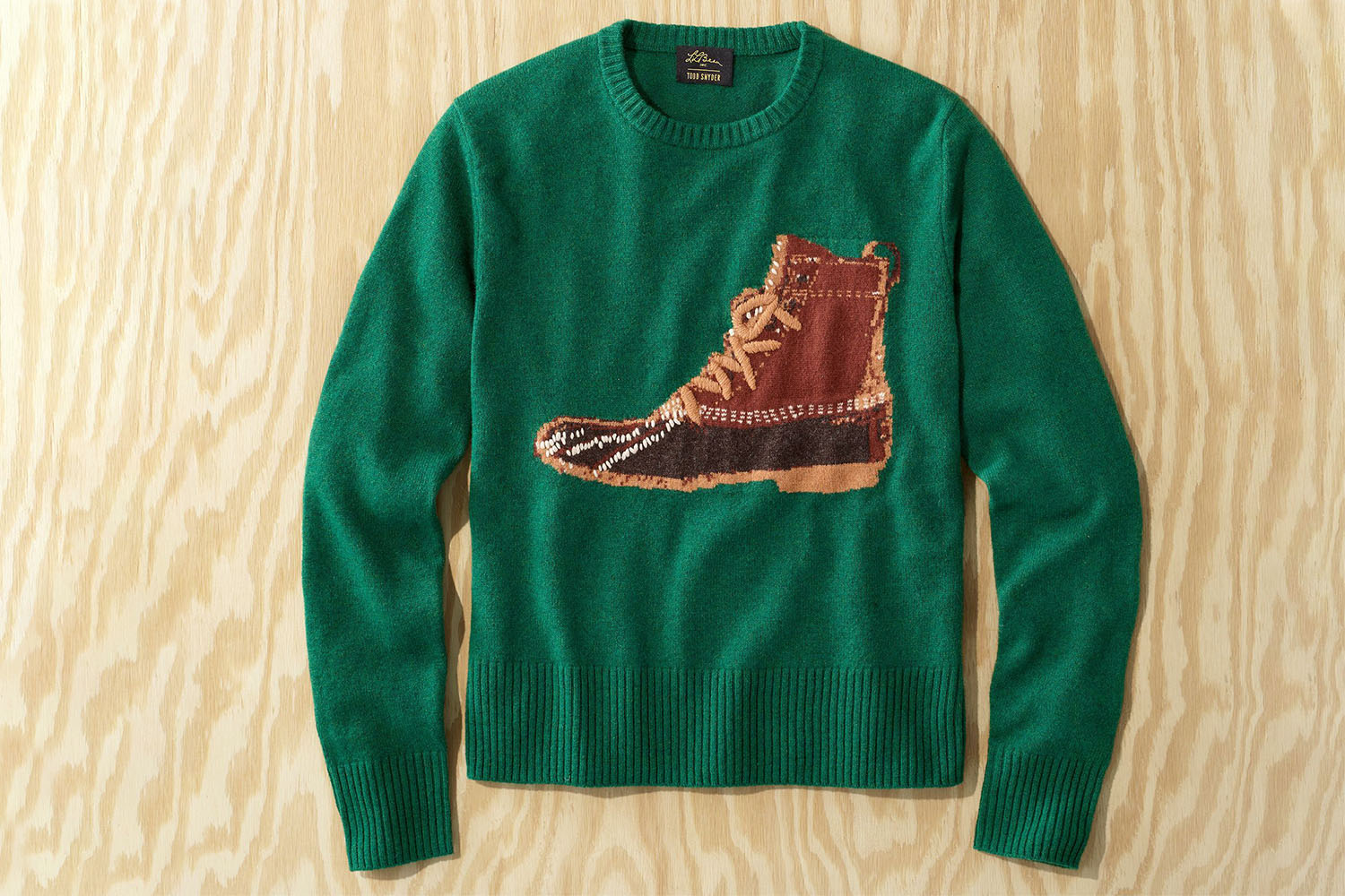 Boot sweater