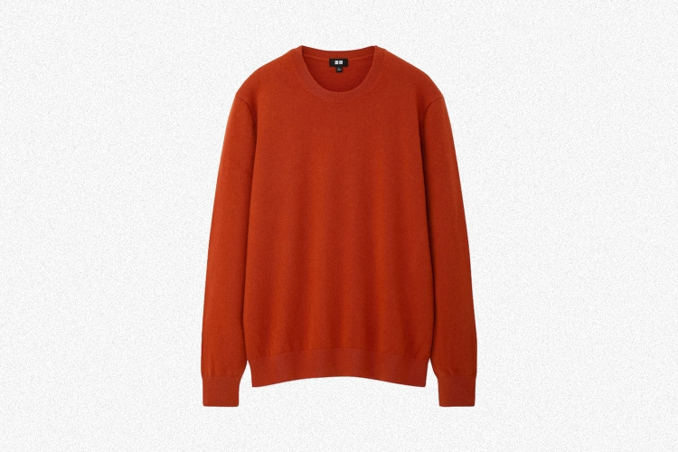 Deal: This Uniqlo Cashmere Sweater Is $50 Off