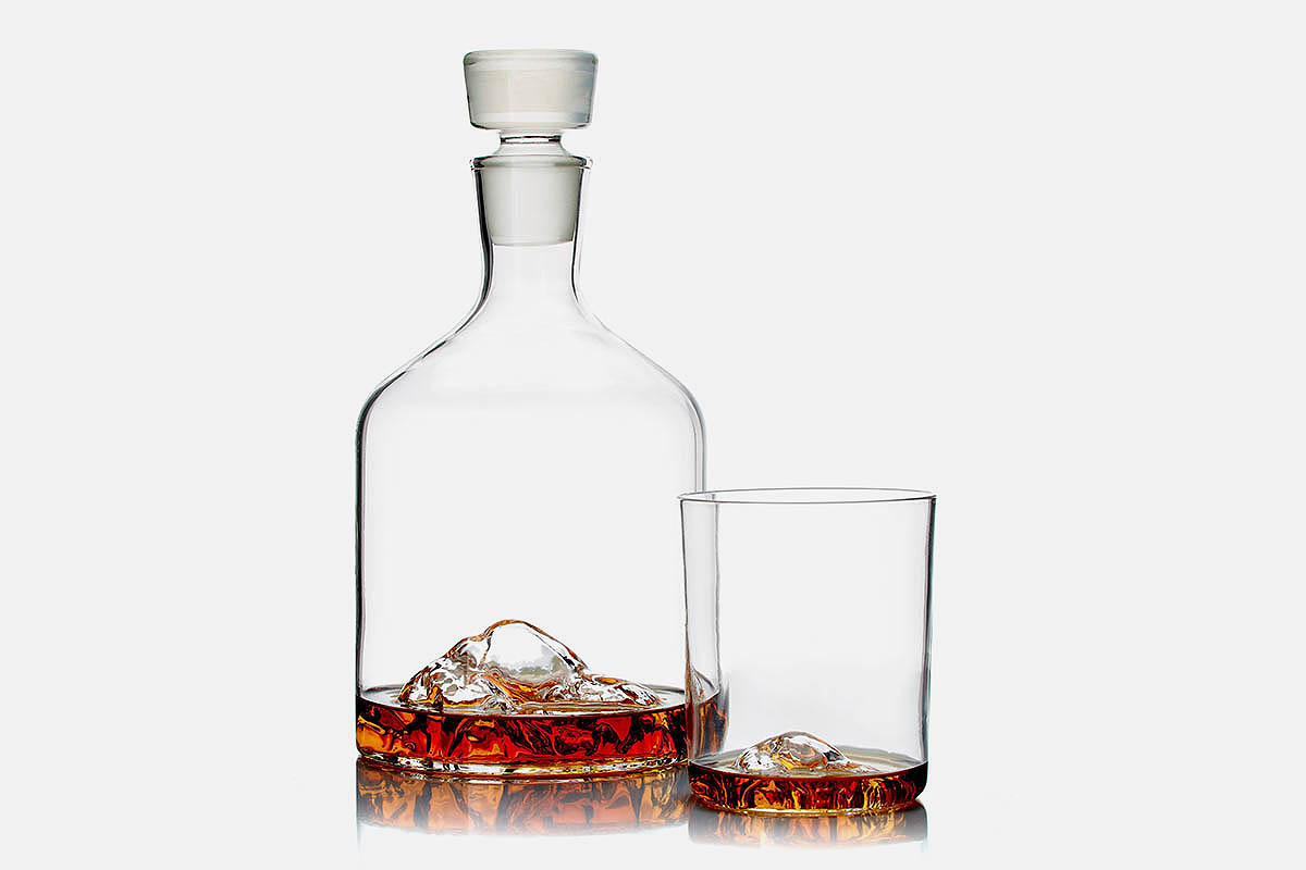 Whiskey Peaks glasses on sale