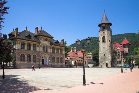 Romania monolith appears