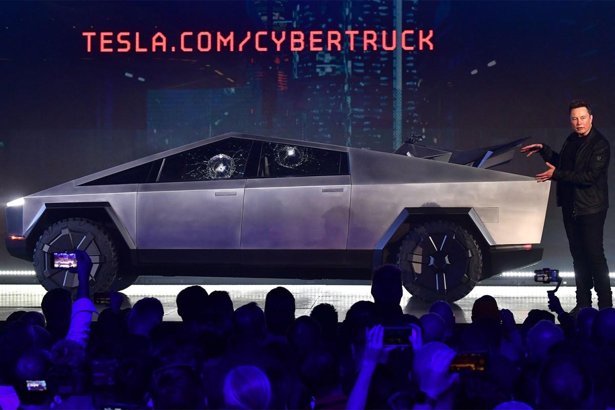 Elon Musk unveils Tesla Cybertruck