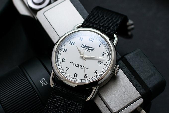 leaunoir watches