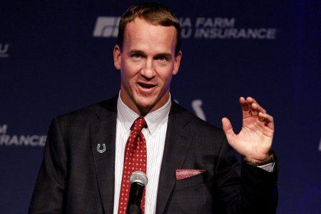 """NBC Taps Peyton Manning to Host """"College Bowl"""" Reboot"""