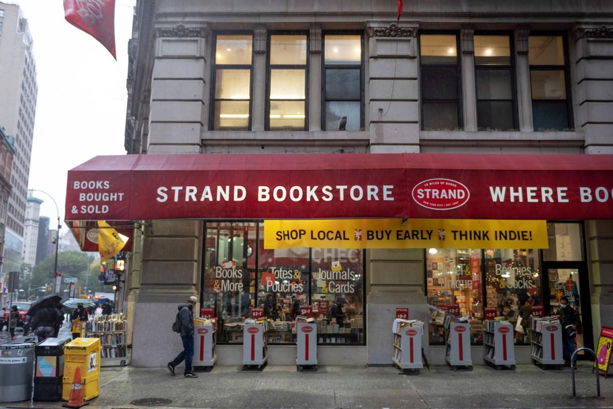 the strand bookstore manhattan