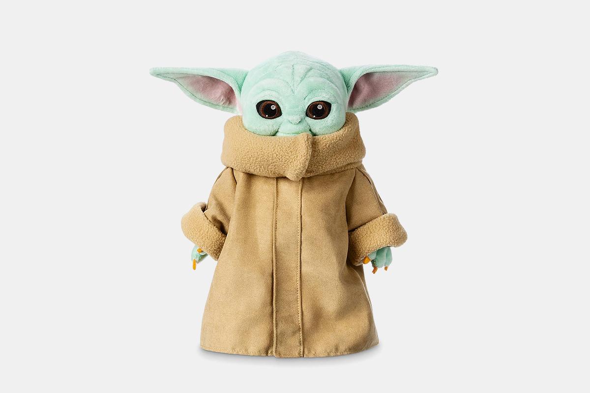 baby yoda disney toy