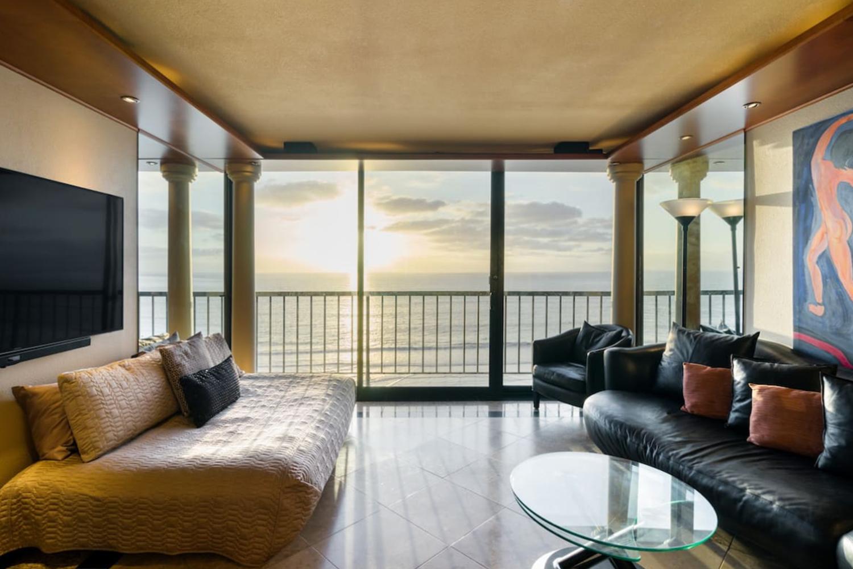 Elegant Oceanfront Condo San Diego California