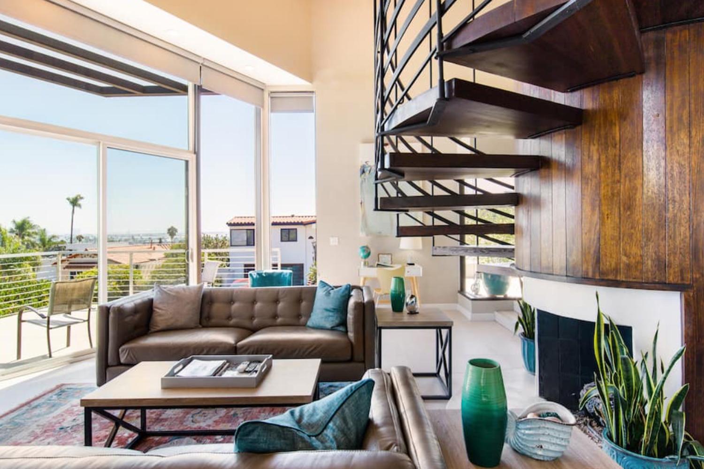 Three Bedroom with Harbor and Skyline Views San Diego California