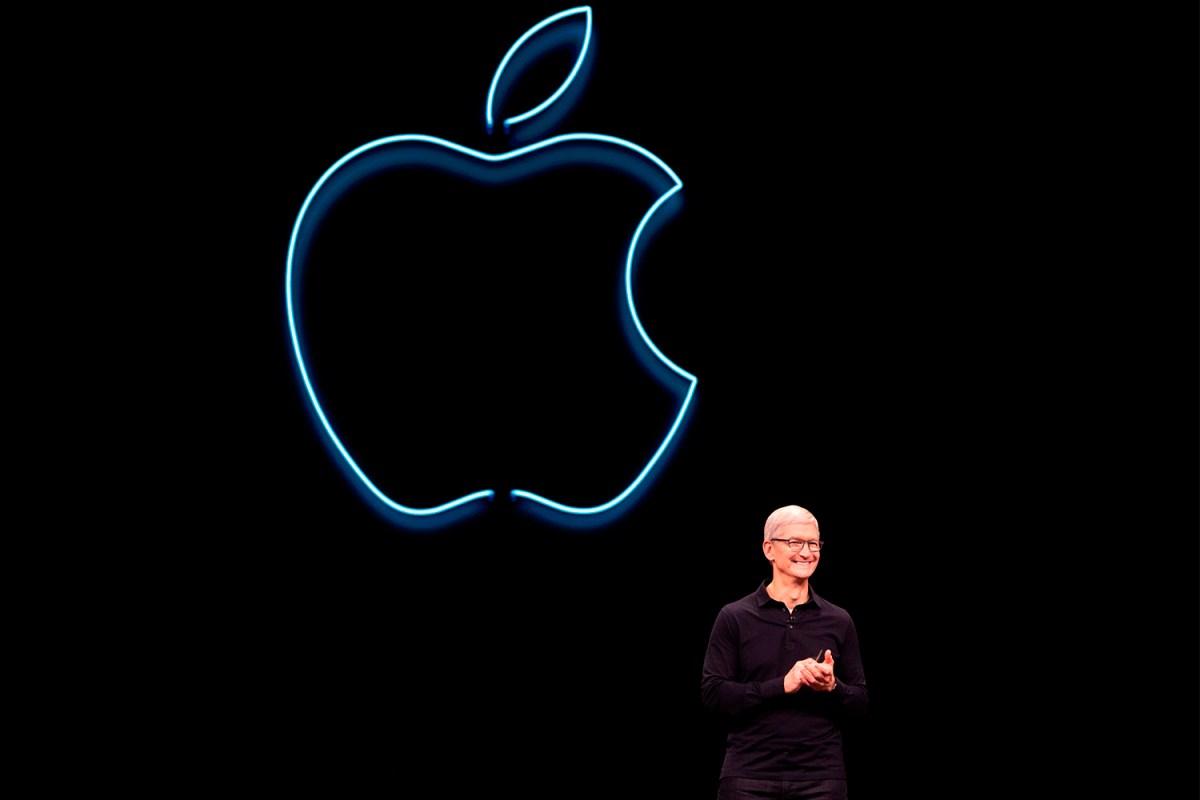 Apple CEO Tim Cook keynote