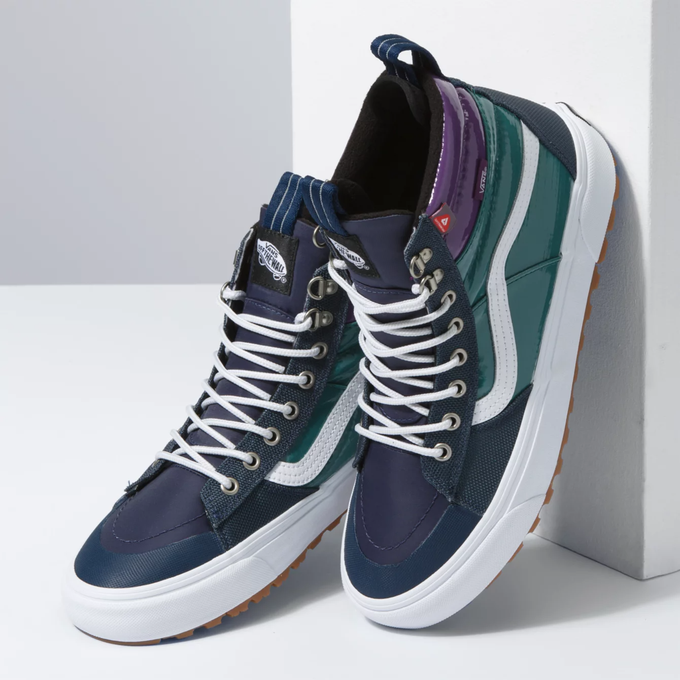 vans Sk8-Hi MTE 2.0 DX Dress Blues/Jasper