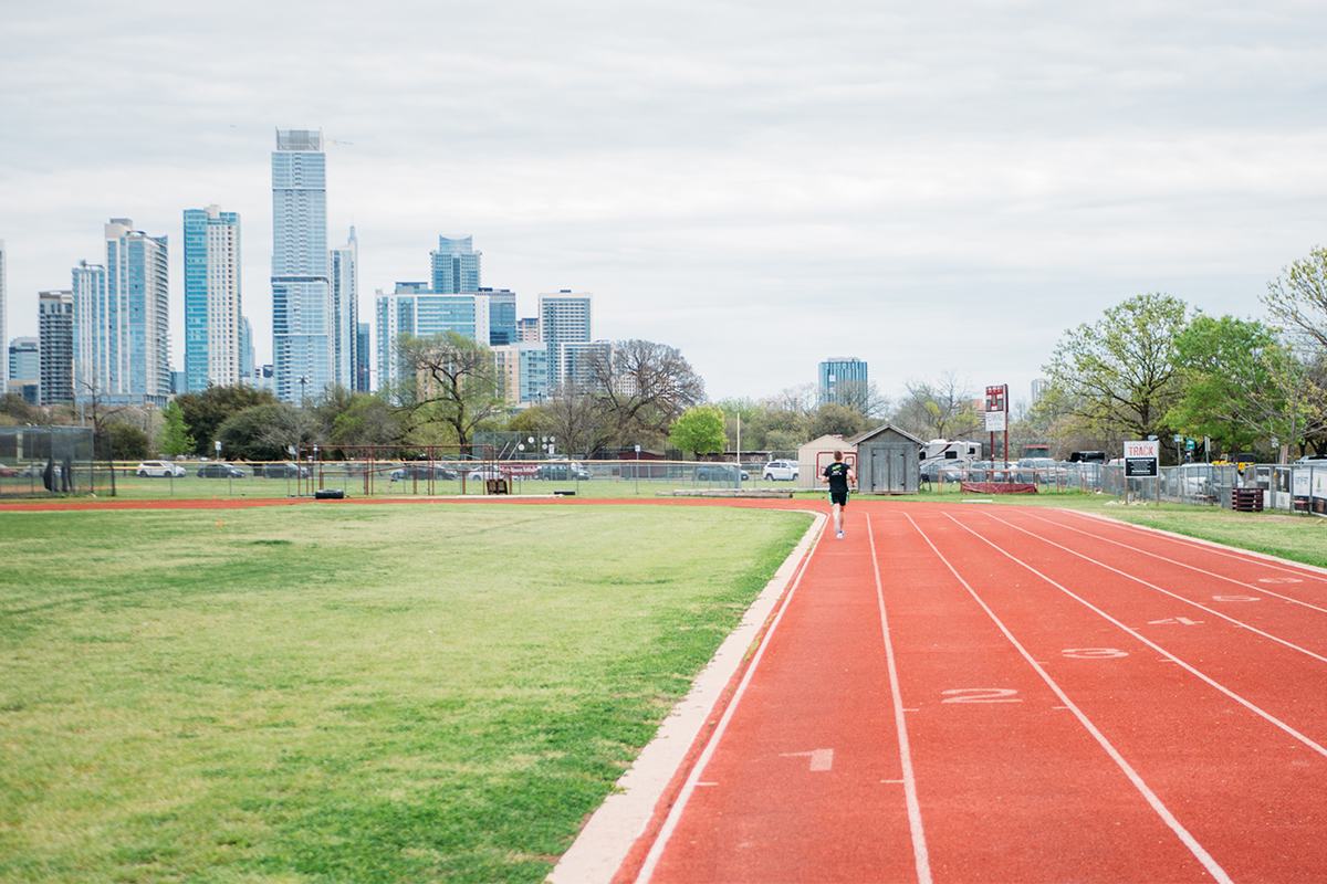 10 Important Rules for When You're Running at the Local Track