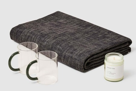 Deal: This Cozy Gift Bundle From Verishop Is on Sale