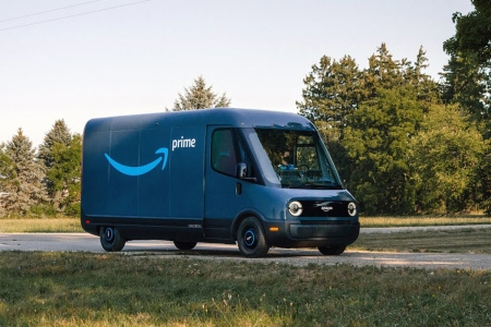 Amazon electric delivery vans from Rivian
