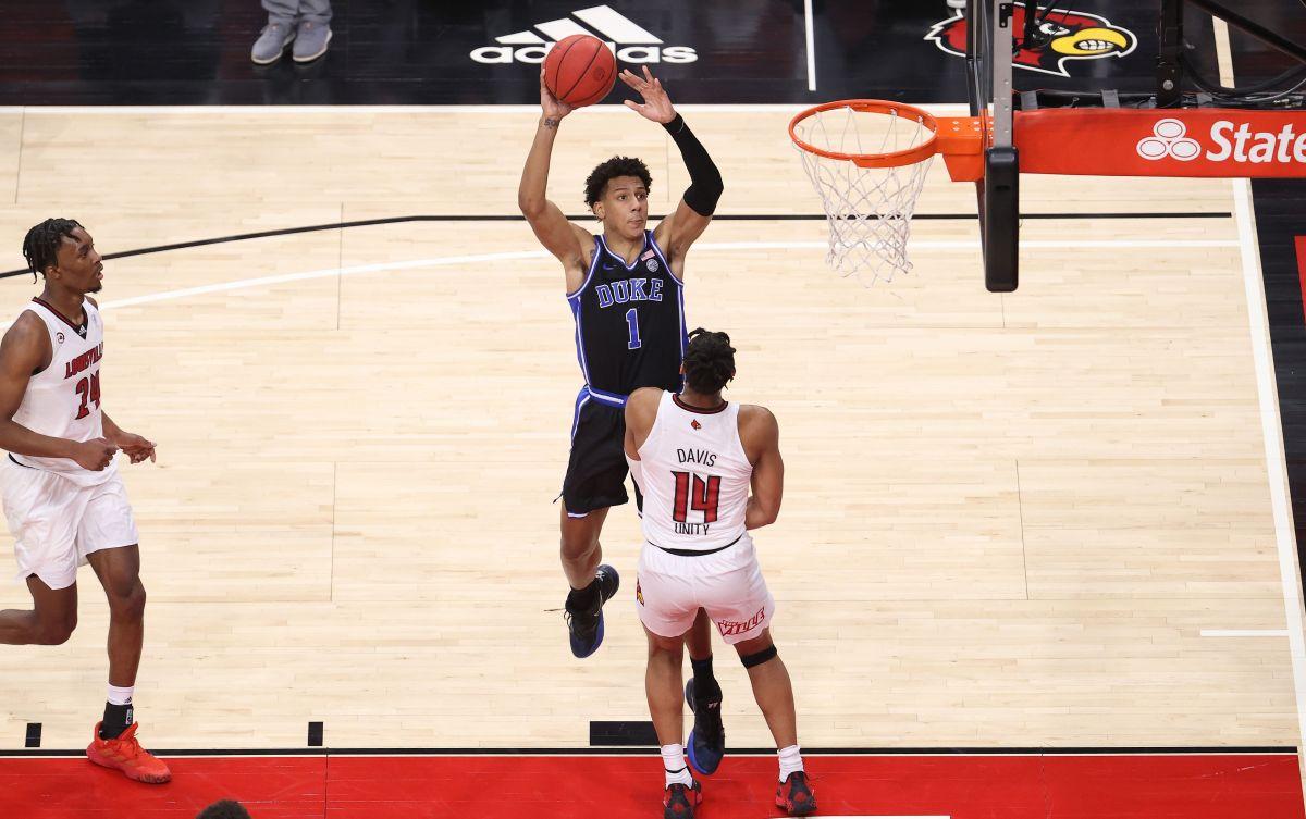 NBA Prospect Jalen Johnson Opts Out of Rest of Duke's Season With Blue Devils Struggling - InsideHook