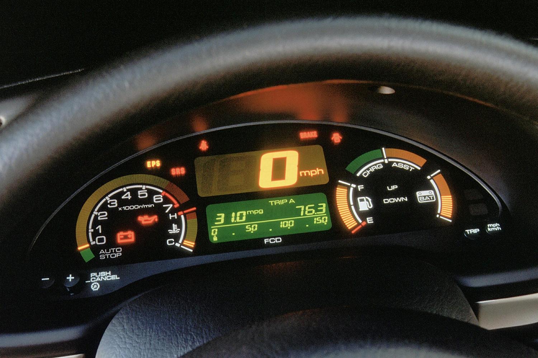 The instrument panel on a 2001 Honda Insight