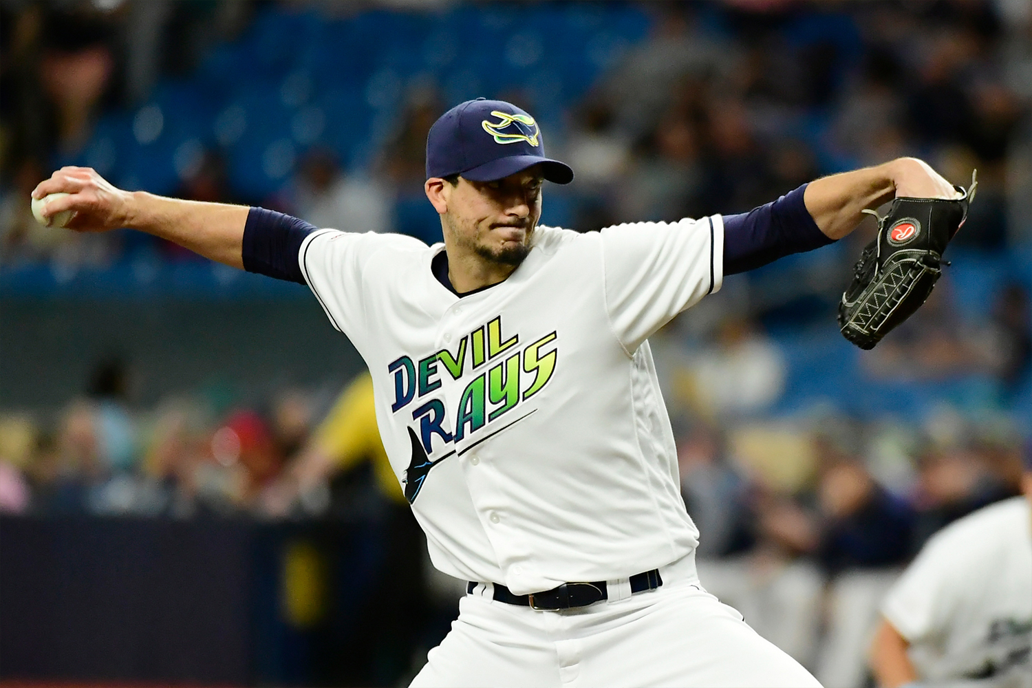 Charlie Morton #50 of the Tampa Bay Rays delivers a pitch in the first inning against the Boston Red Sox at Tropicana Field on April 20, 2019