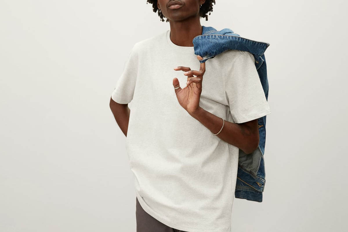 model in an Everlane The Premium-Weight Crew