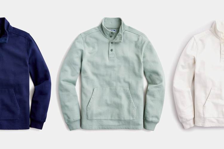 Take your pick from three garment-dyed colors.
