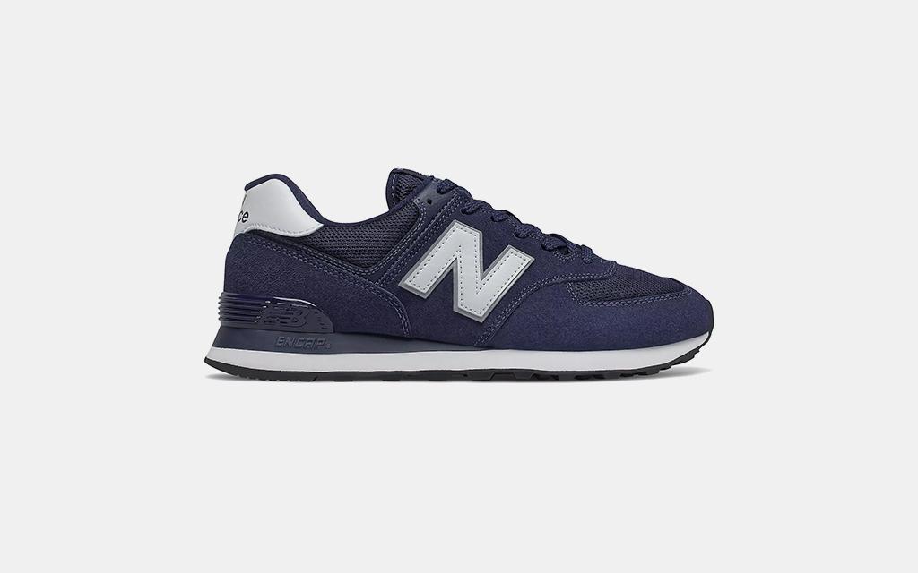 New Balance 574 in Navy