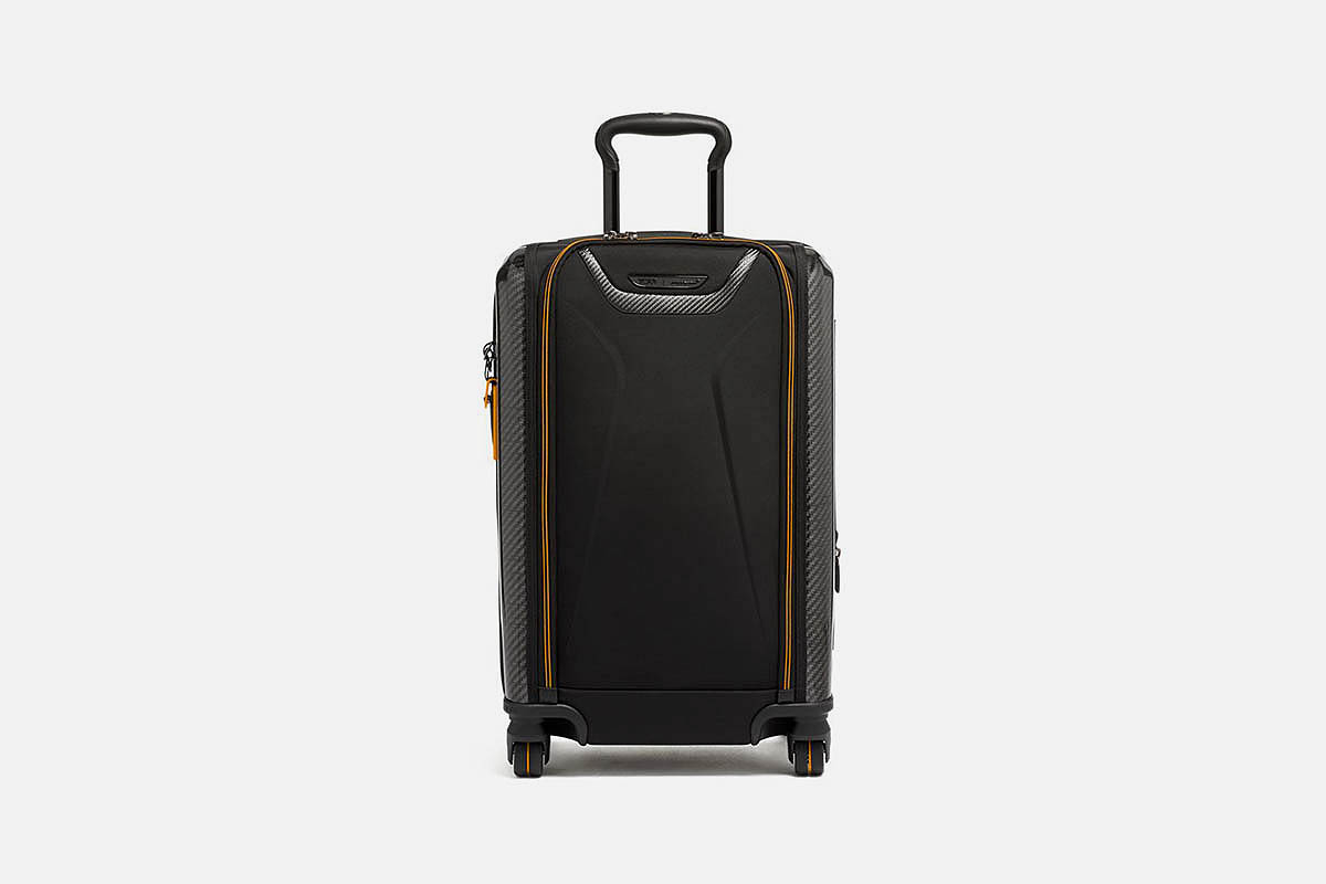 Aero International Expandable 4 Wheel Carry-On