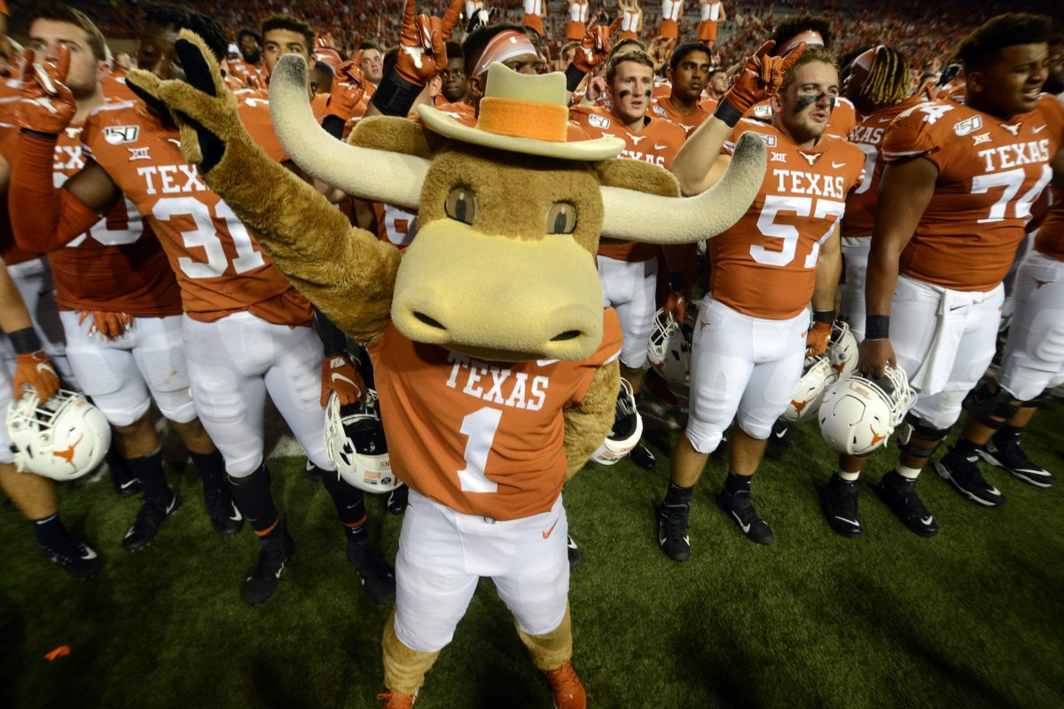 """Wealthy UT Donors Threaten to Pull Support Over Removal of """"The Eyes of Texas"""" Fight Song"""