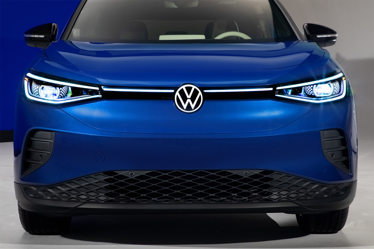 The front of a blue Volkswagen ID.4 electric SUV