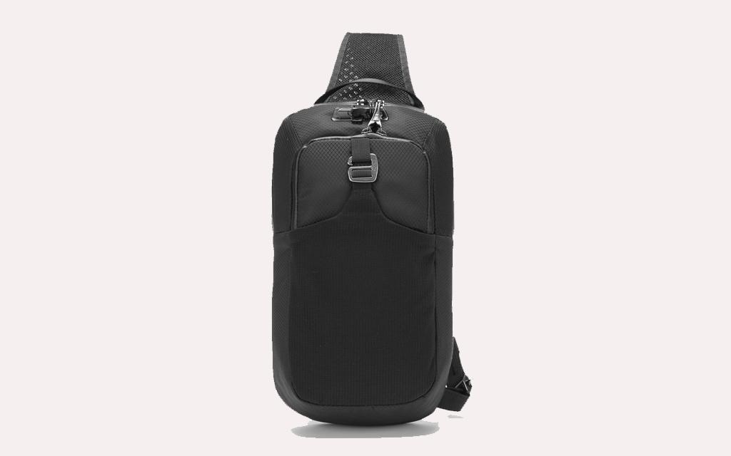 Pacsafe Venturesafe Sling Bag in black