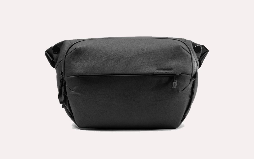 Peak Design Everyday Sling in black