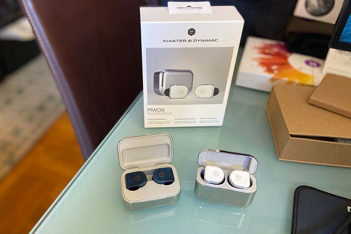A side-by-side comparison of the MW07 Plus and MW08 earbuds from Master & Dynamic
