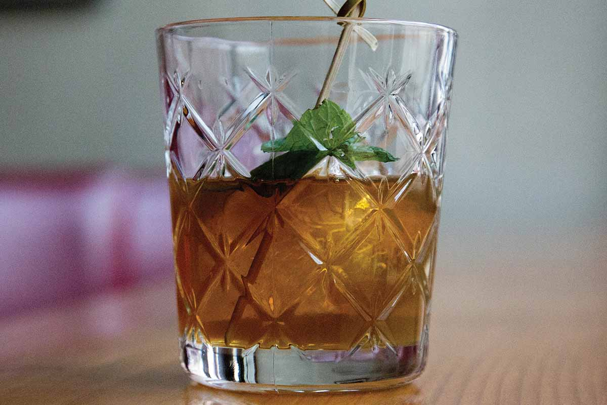 The New York Highball from NYC's Travel Bar