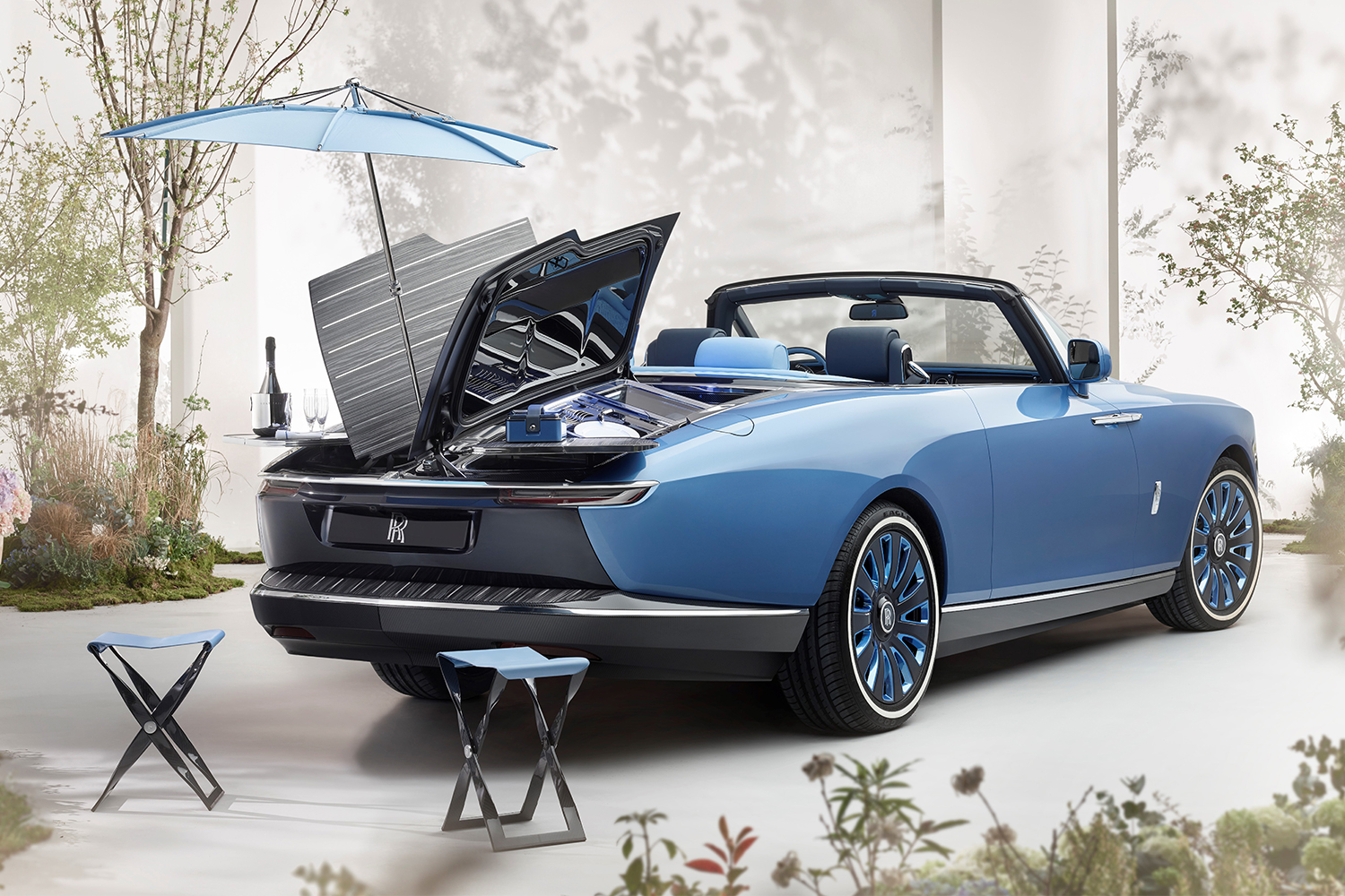 """The back end of the Rolls-Royce Boat Tail opens up to reveal a """"hosting suite"""""""