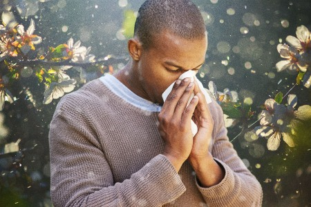Why Your Allergies Are So Bad Right Now, And What You Can Do About It