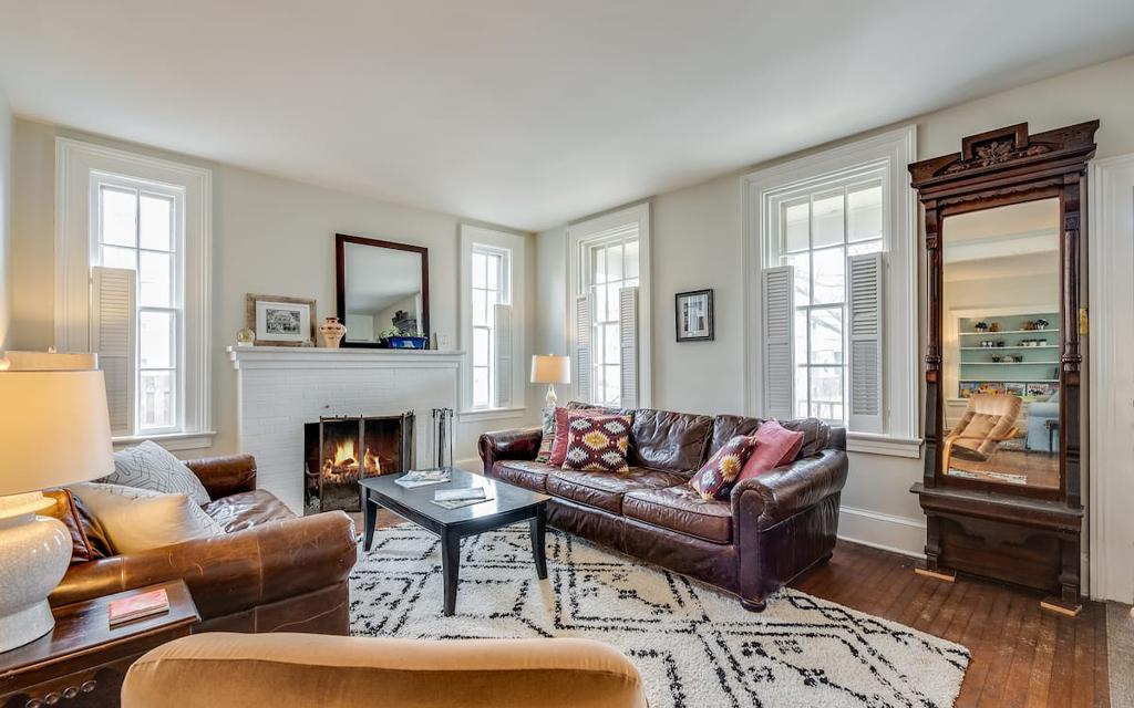 Historic Racine Retreat Airbnb on Lake Michigan