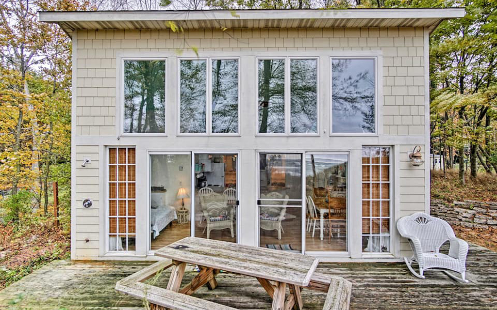 Lake Michigan Beachfront Cottage Airbnb