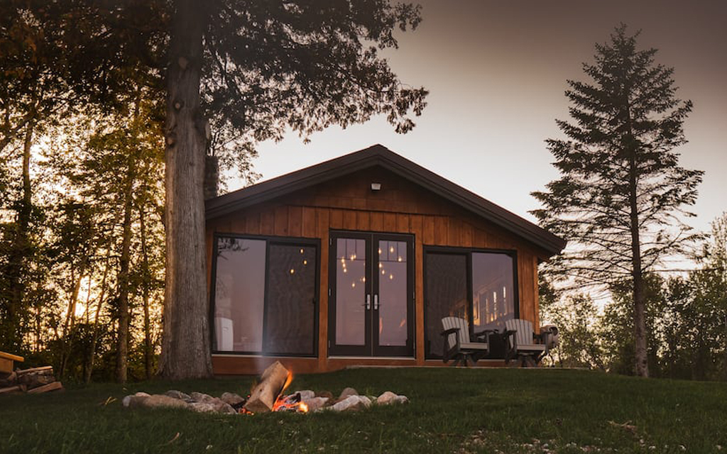 Cottage Amongst the Pines Airbnb on Lake Michigan