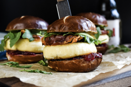 Grilling cheese sliders