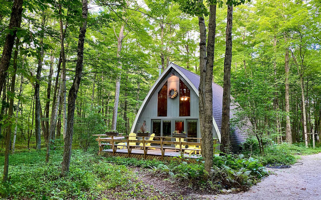 Secluded A-Frame Airbnb on Lake Michigan